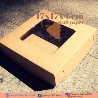 Ready banyak.  Kemas produk dengan kemasan cantik.  #boxpersegi  #boxheadpiece  #boxhijab  #boxtasbihdigital  #boxsouvenir #boxgelang  #boxbrosdagu  #kotakmika  #kotakgelang  #nailartbox  #kotaksouvenir  #boxvintage  #boxmasker  #kotakmaskerhias #kotakkalungmasker  #kotakhampers