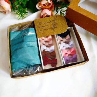 Ready boxnya yaa..  Box masuk box 😂😂👍👍  Pelanggan Souvenier/ mitra accesoris / pelanggan tersayang 😍😍 .  Accesoris by  @accesorieshijab_syarifah  Ready yaa... Model  jadi favorit 😍  #kotakbrosdagu  #boxpersegi  #boxhijab  #boxtasbihdigital  #kotakgelang  #kotakbros  #kotaksouvenir  #boxtasbihdigital  #boxtuspin  #kotakbros  #kotakgelang  #kotakhijab  #kemasanbros  #boxkalungmasker